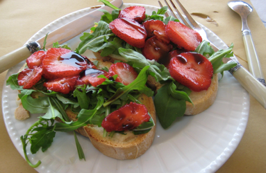 Strawberry and Balsamic Bruschetta - Physio Direct NZ